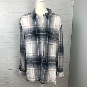 OLIVE & OAK FLANNEL TOP